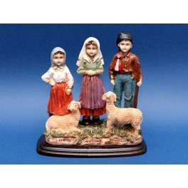 Statue Three Little Shepherds